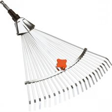 Picture of RAKE ADJUSTABLE CLEANER GARDENA 3103
